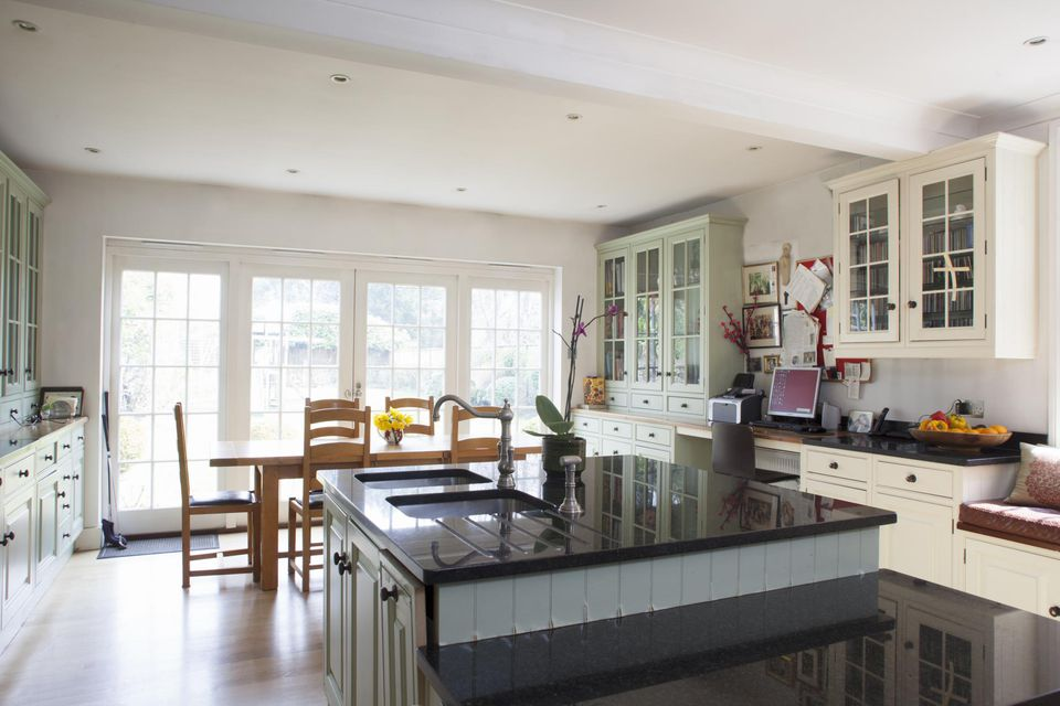 6 Kitchen Paint Colors You Can Easily Copy