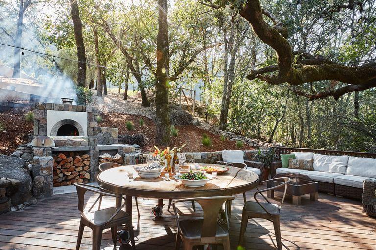Rustic Farmhouse Outdoor Kitchen